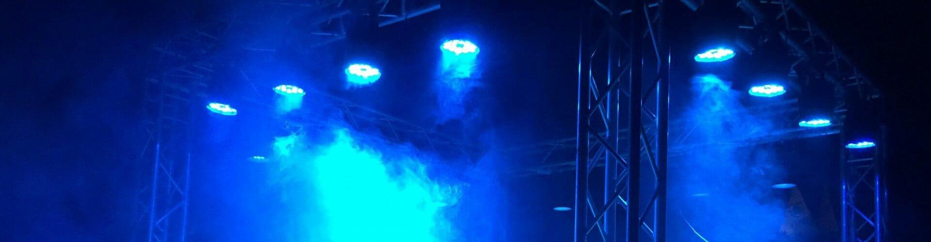 Traversenkäfig mit Beleuchtung